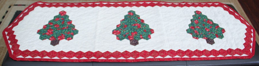 Hexagon Christmas Tree Table Runner